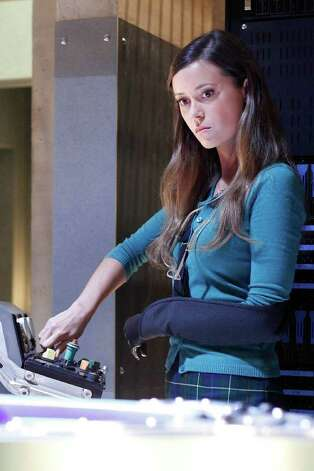 "Summer Glau makes a guest appearance on ""Dollhouse."" Photo: Fox / Copyright: Greg Gayne"