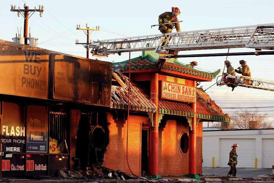Pickup Sets Fire To Northeast Side Restaurant San