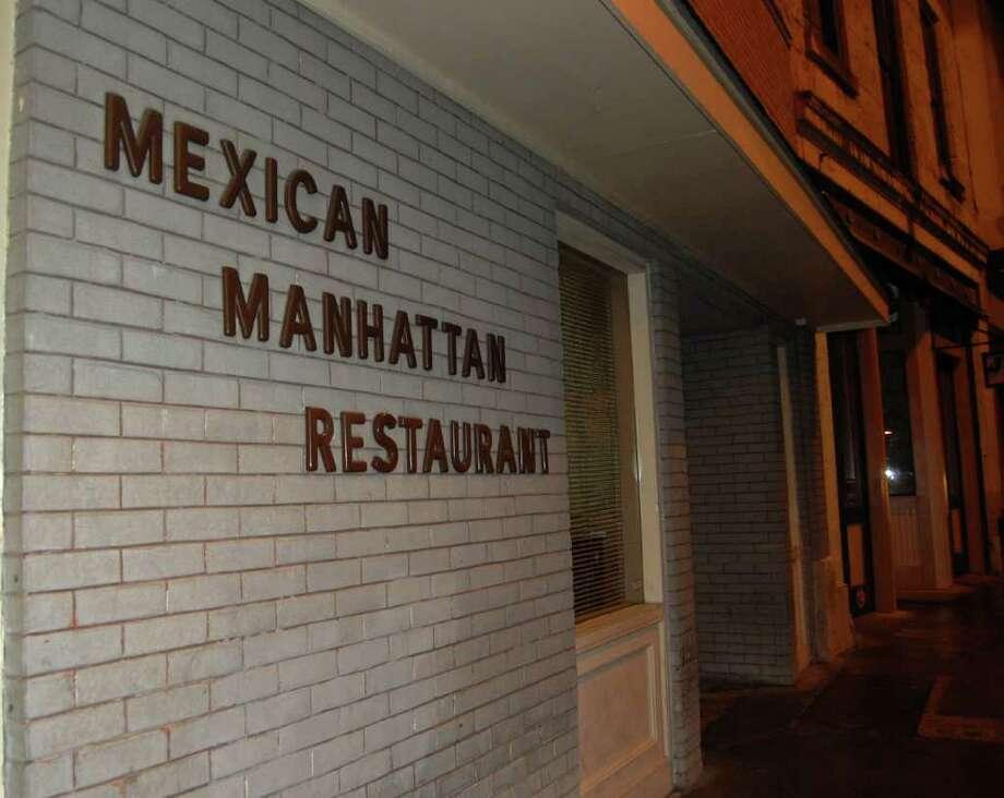 Mexican Manhattan Restaurant: 1958110 Soledad St., (210) 223-3913, www.mexicanmanhattan.com