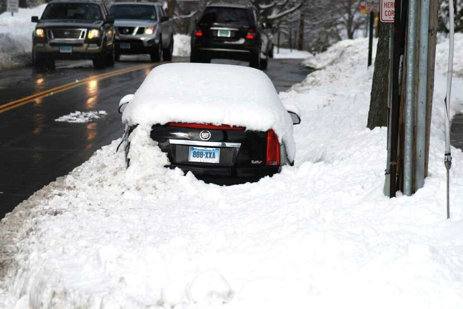 Overnight parking on Park Street? Photo: Jeanna Petersen Shepard / New Canaan News