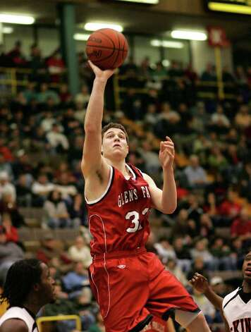 Glens Falls' Jimmer Fredette shoots against McKinley on March 17, 2007. Photo: Jeff Foley / ALBANY TIMES UNION