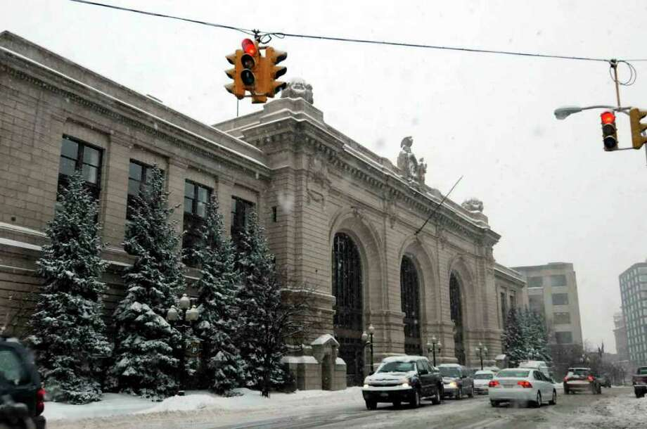 575 Broadway, Kiernan Plaza, in Allbany Feb. 1, 2011.( Michael P. Farrell/Times Union ) Photo: Michael P. Farrell