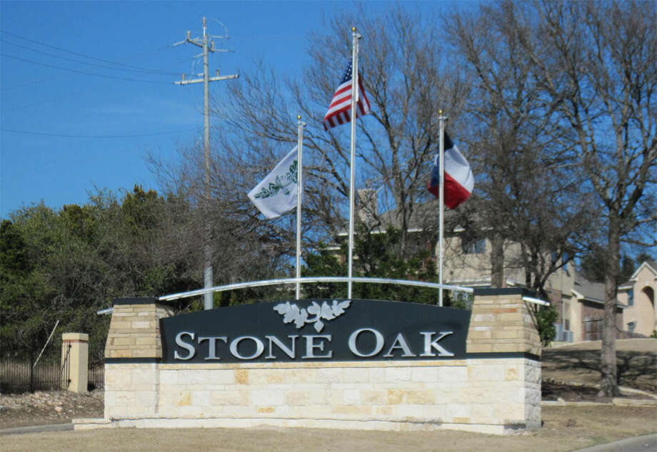 The Stone Oak Property Owners Association recently completed the installation of a $57,000 monument marking the entrance to Stone Oak near the intersection of Blanco and Huebner roads. Photo: Photo By Laura Mrachek