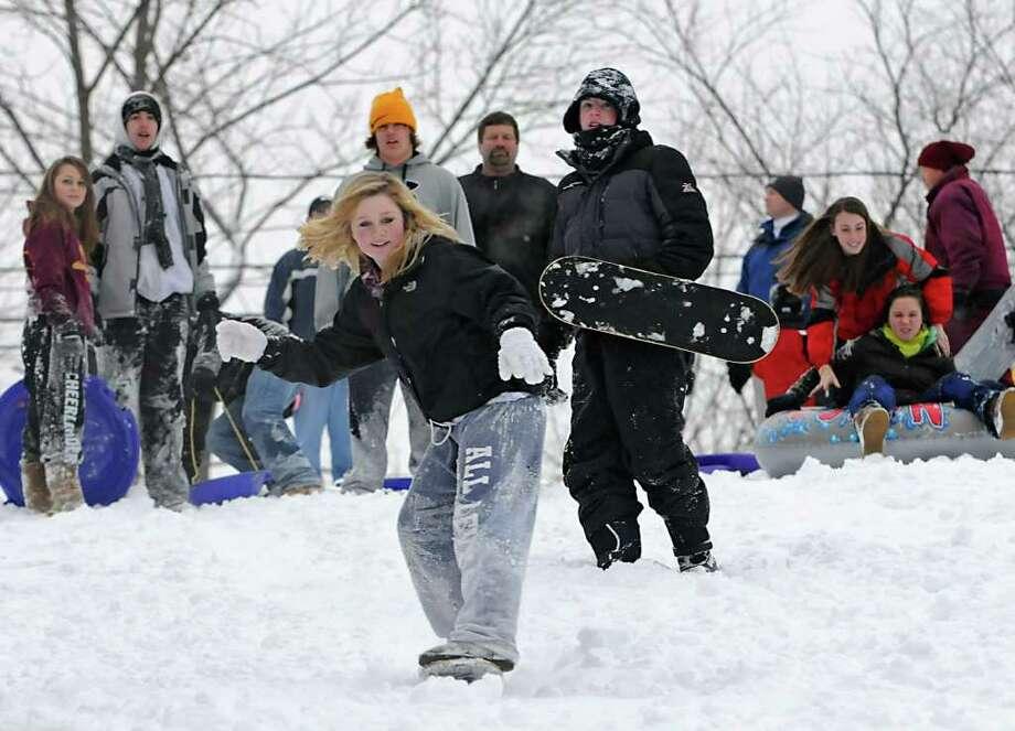 Kennedy Lawton, 14, Colonie snowboards down a hill at the Tawasentha Park Winter Recreation Area in Guilderland, NY, on February 2, 2011. (Lori Van Buren / Times Union) Photo: Lori Van Buren