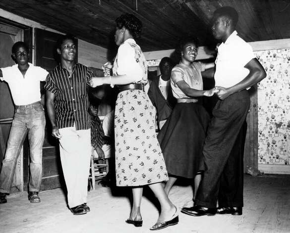 Alonzo Jordan [Jesse Brook (second from left) and others dancing], 1950s © 1996 Documentary Arts, Inc. Photo: Provided / Beaumont