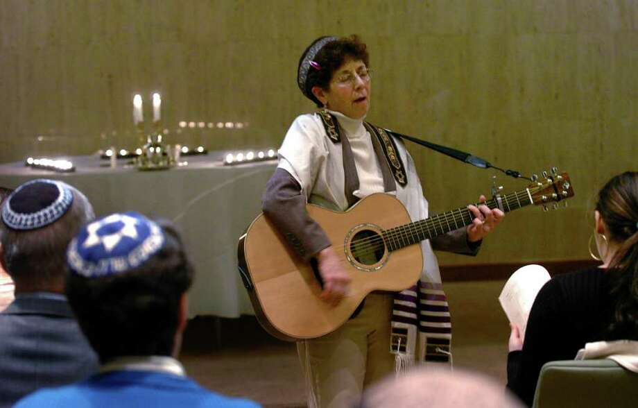 Rabbi Suri Krieger performs a song during Fairfield University's first Kabbalat Shabbat service in the new interfaith prayer center in Fairfield, Conn. on Friday February 4, 2011. Photo: Christian Abraham / Connecticut Post