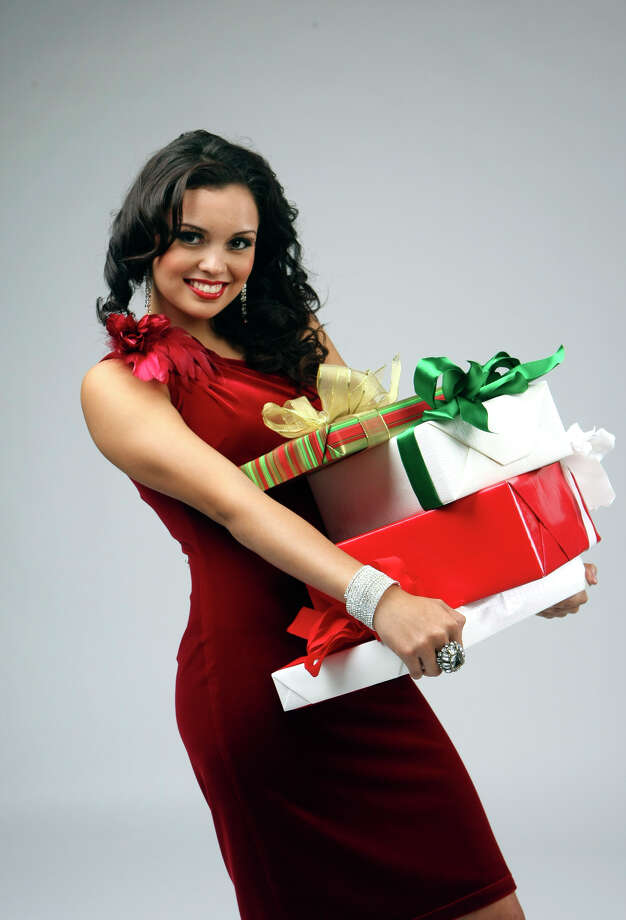 Last December, Domonique Ramirez posed for a holiday fashion shoot as Miss San Antonio for Trends magazine. Photo: Helen L. Montoya/hmontoya@express-news.net