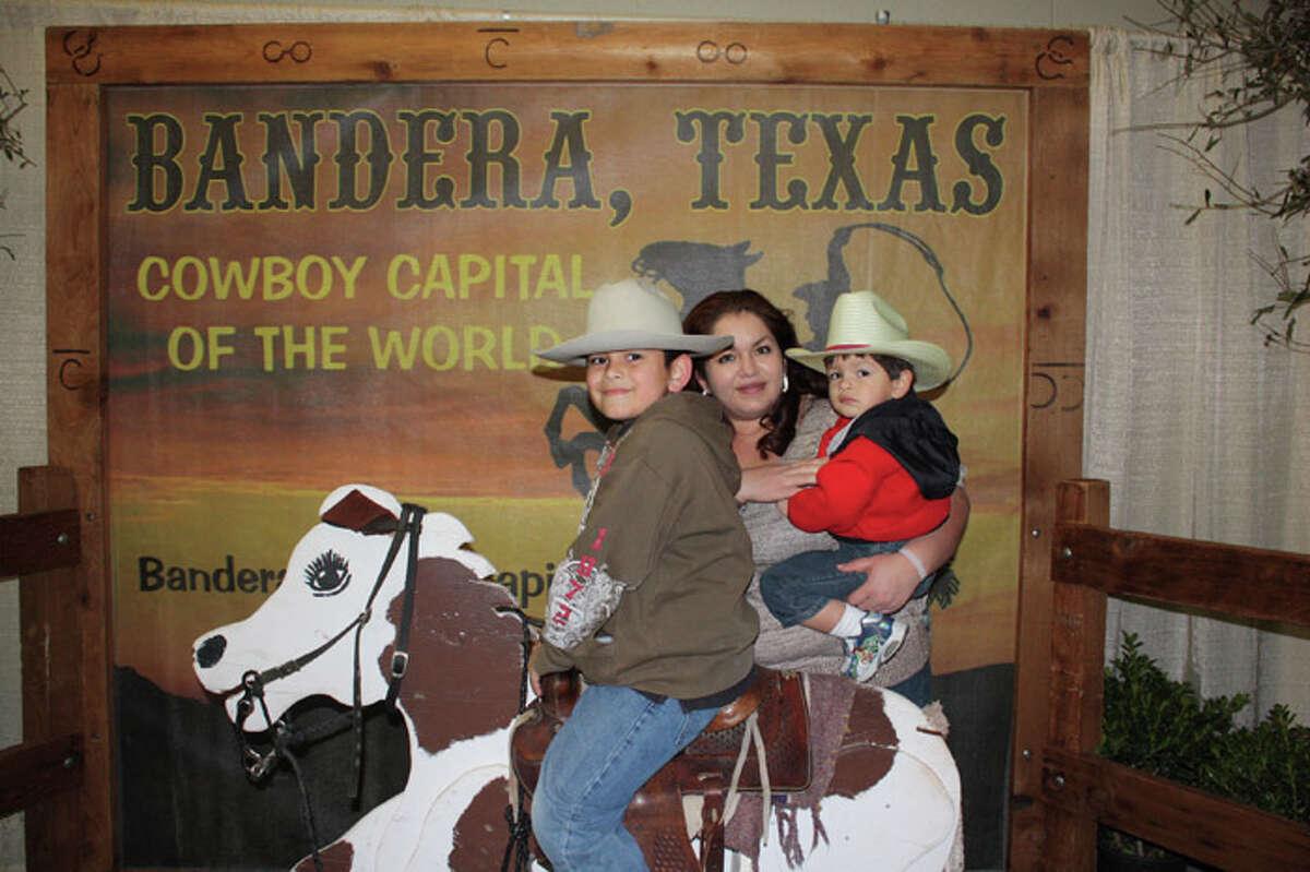 Rodeo Pix 2-7-2011