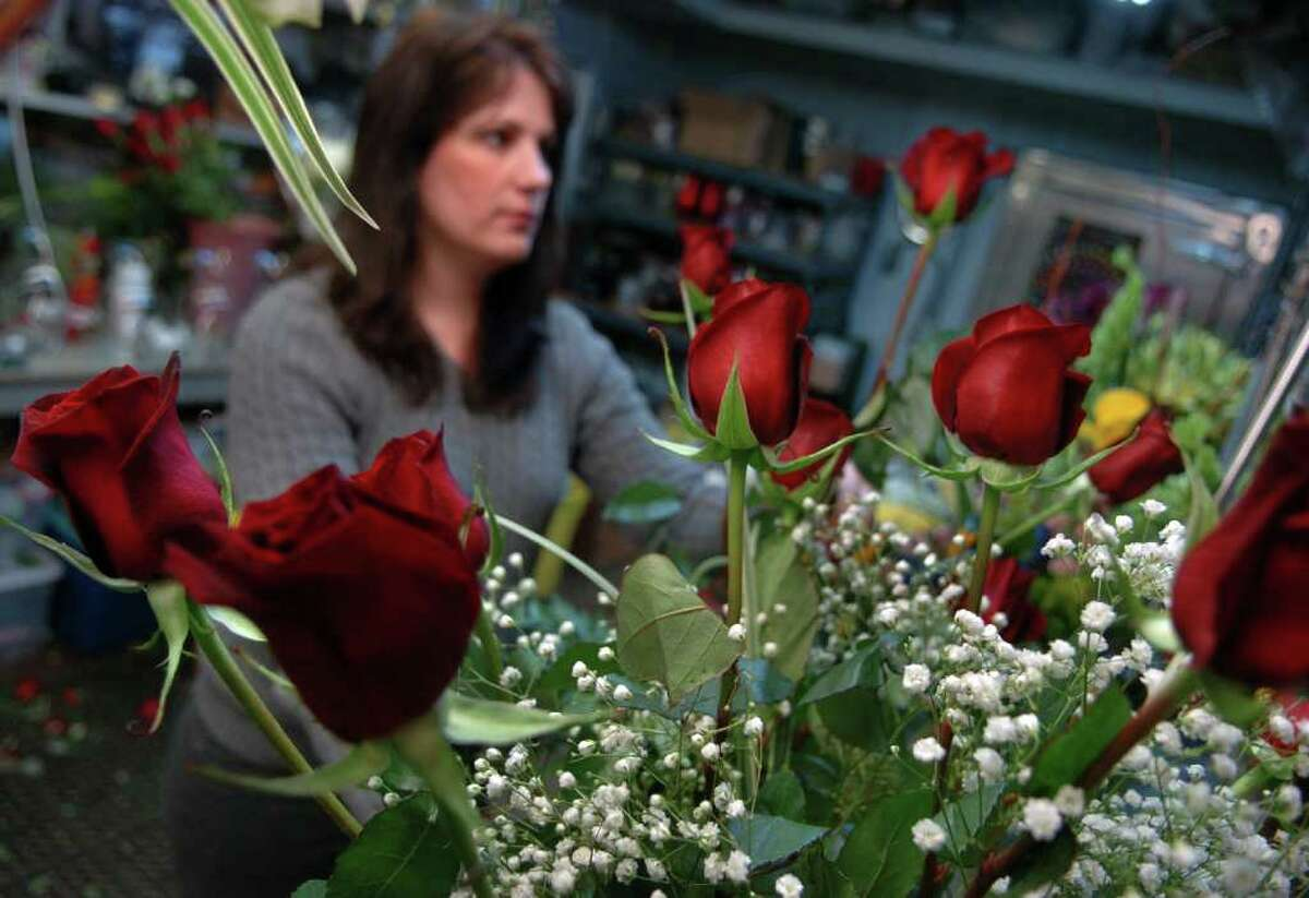 Bridgeport - Fruits & Flowers Online and phone orders; delivery