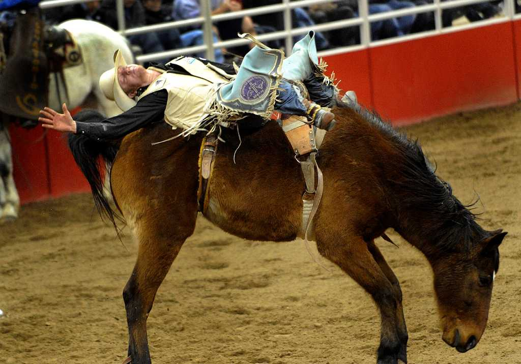 Teen Bareback Riding Phenom Chases S A Title San