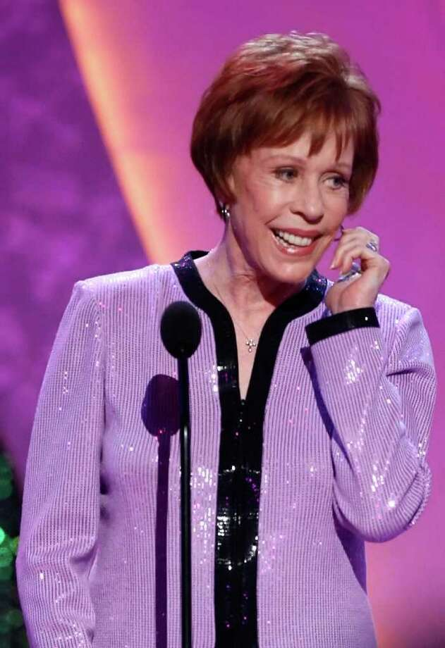 juliecooper SANTA MONICA, CA - APRIL 14:  Comedian Carol Burnett presents the Legacy of Laughter Award for the late Lucille Ball during the 5th Annual TV Land Awards held at Barker Hangar on April 14, 2007 in Santa Monica, California.  The 5th Annual TV Land Awards show will premiere on TV Land network on Sunday, April 22, 2007.  (Photo by Kevin Winter/Getty Images) *** Local Caption *** Carol Burnett Photo: Kevin Winter, Getty Images / 2007 Getty Images