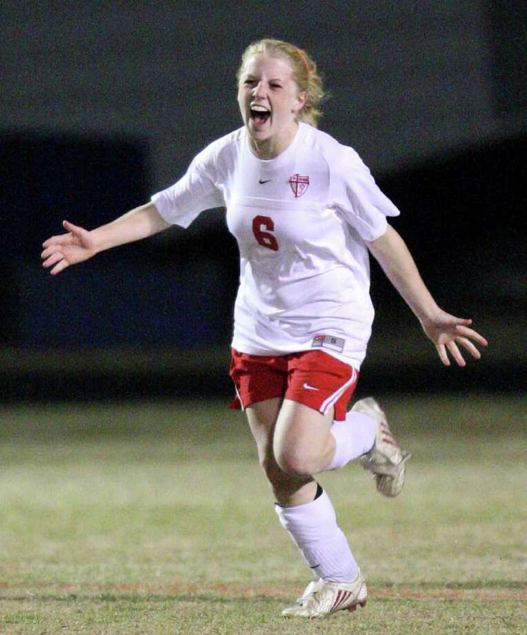 FOR SPORTS - Antonian's Emily Leonard reacts after scoring a goal against Argyle Liberty Christian Friday Feb. 11, 2011 at Antonian high school.  Antonian won 2-1 in overtime. (PHOTO BY EDWARD A. ORNELAS/eaornelas@express-news.net) Photo: EDWARD A. ORNELAS, SAN ANTONIO EXPRESS-NEWS / eaornelas@express-news.net