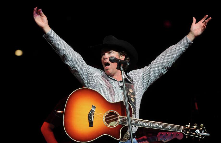 Clay Walker performs during the San Antonio Stock Show & Rodeo on Saturday, Feb. 12, 2011. Photo: BILLY CALZADA/gcalzada@express-news.net