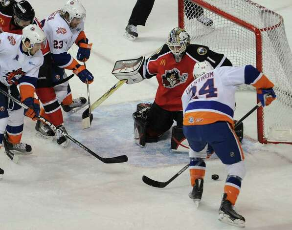 Bridgeport Sound Tigers versus the Portland Pirates at the Webster Bank Arena in Bridgeport on Sunday, February 13, 2011. Photo: Brian A. Pounds / Connecticut Post