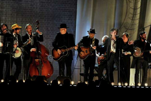 LOS ANGELES, CA - FEBRUARY 13:  Musician Bob Dylan (far R) and the bands The Avett Brothers and Mumford and Sons perform onstage during The 53rd Annual GRAMMY Awards held at Staples Center on February 13, 2011 in Los Angeles, California.  (Photo by Kevin Winter/Getty Images) *** Local Caption *** Bob Dylan Photo: Kevin Winter, Getty Images / 2011 Getty Images
