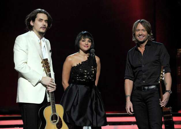 LOS ANGELES, CA - FEBRUARY 13:  Musicians John Mayer, Norah Jones and Keith Urban perform onstage during The 53rd Annual GRAMMY Awards held at Staples Center on February 13, 2011 in Los Angeles, California.  (Photo by Kevin Winter/Getty Images) *** Local Caption *** John Mayer;Norah Jones;Keith Urban Photo: Kevin Winter, Getty Images / 2011 Getty Images
