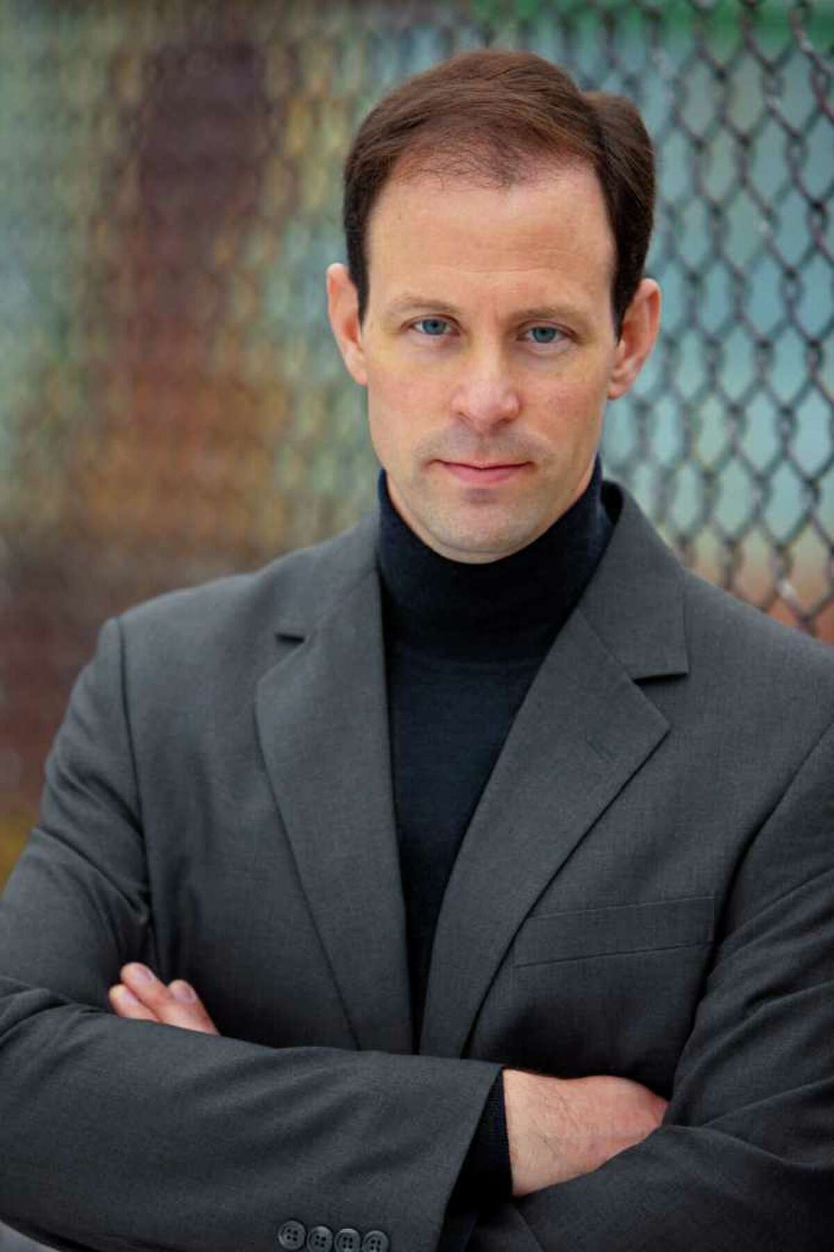 Brad Parks has turned his experience as an investigative journalist into a series of contemporary thrillers set in Newark, N.J. Parks grew up in Ridgefield.