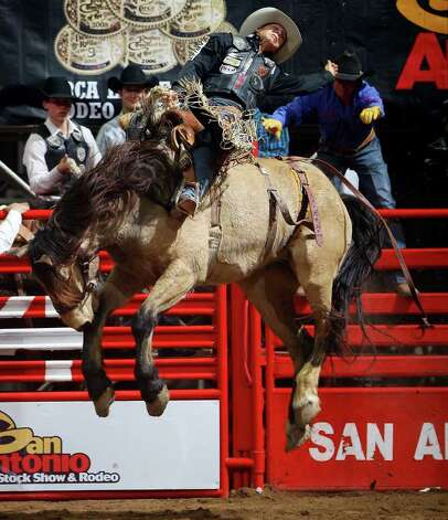 FOR METRO - Bradley Harter, from Weatherford, TX, competes
