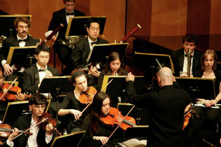 Michael Adelson conducts the Purchase Symphony Orchestra. The orchestra will perform works by Beethoven, Respighi and Martinuz at 8 p.m., Feb. 18, at Purchase College's Performing Arts Center in Purchase, N.Y. Photo: Contributed Photo / Stamford Advocate Contributed