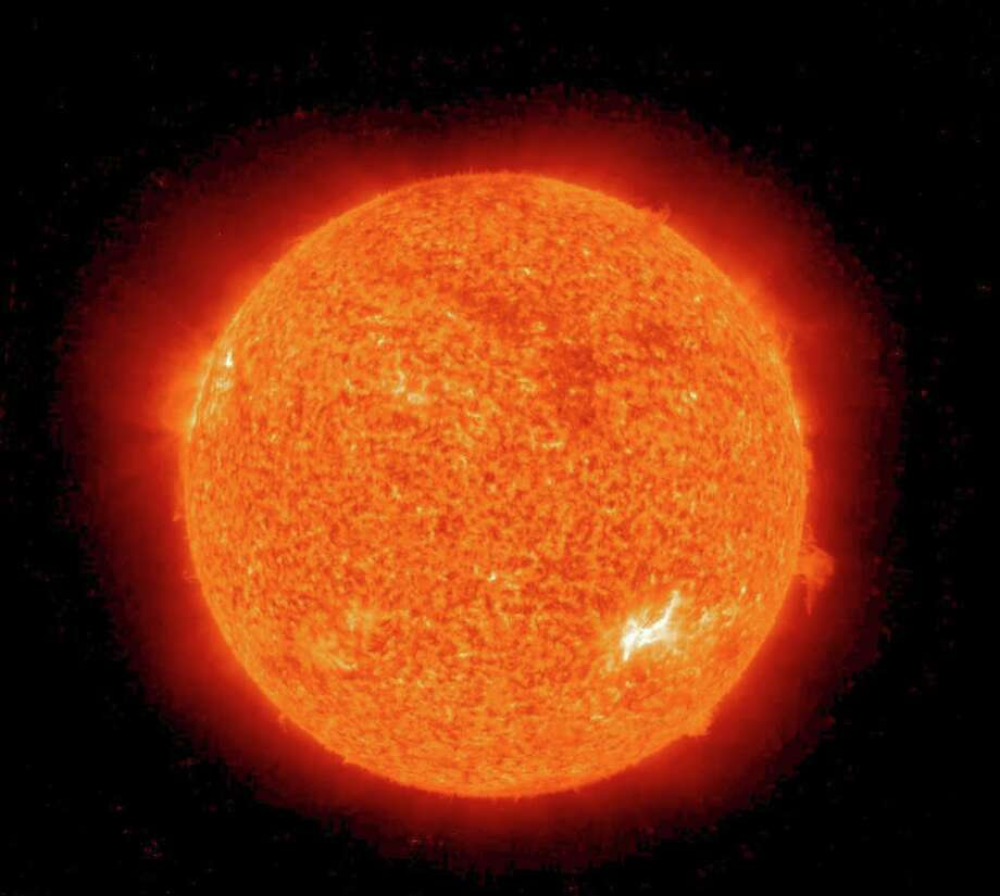 The reason is that the sun's 'hot zone' will expand as the star ages. Photo: - / AFP