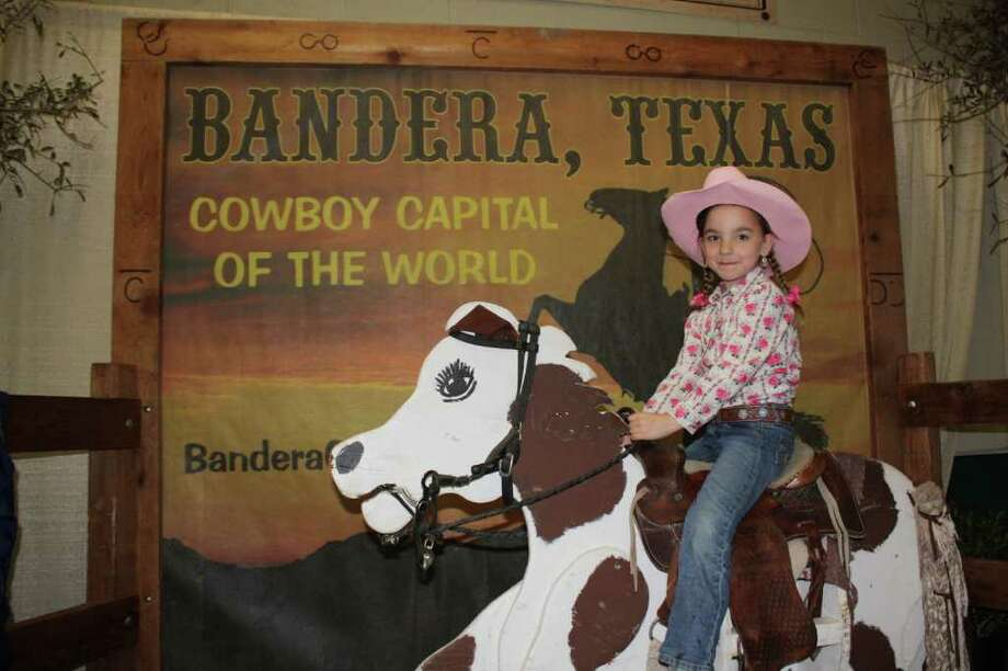 Rodeo Pix, Feb. 17, 2011 Photo: Express-News