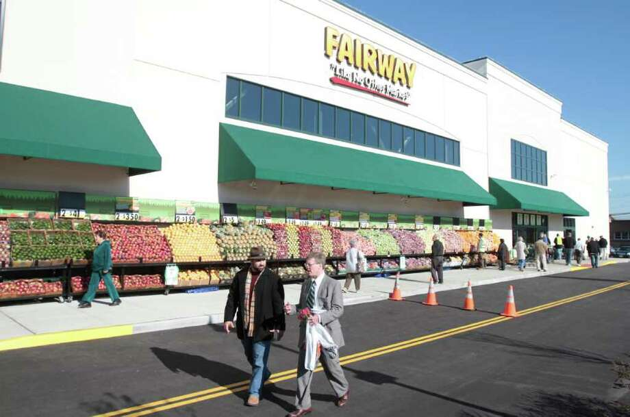 Fairway Market opened in Stamford's South End in early November adding to a crowded field of supermarkets in the area. Photo: File Photo / Stamford Advocate File Photo