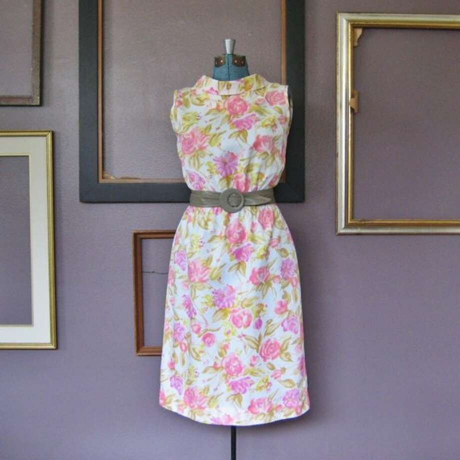Vintage Tea Rose dress, $62, http://www.etsy.com