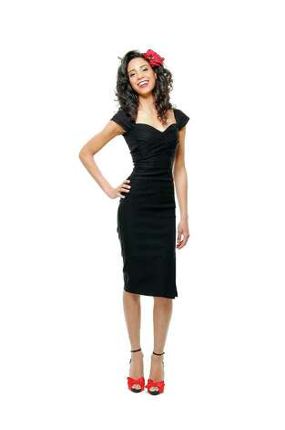 black dress wiggle