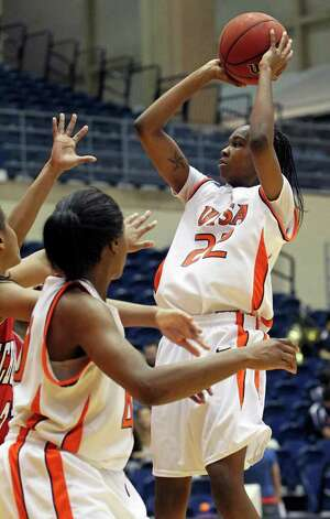 Ashley Gardner cranks up a shot as the UTSA women play Nicholls at the UTSA Convocation Center on Saturday, Feb. 19, 2011. Photo: TOM REEL, SAN ANTONIO EXPRESS-NEWS / © 2011 San Antonio Express-News
