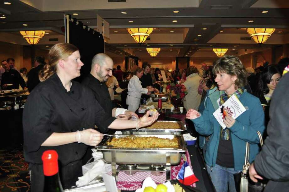 Second Annual Table Hopping Mac and Cheese Bowl Photo: Dan Veet