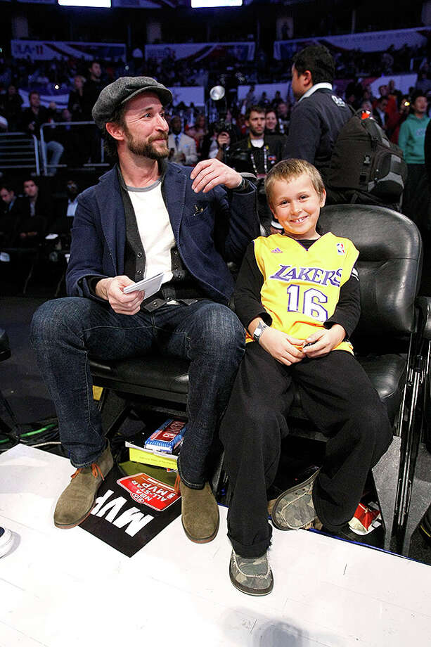 LOS ANGELES, CA - FEBRUARY 20:  Actor Noah Wyle (L) and his son Owen pose during the 2011 NBA All-Star game at Staples Center on February 20, 2011 in Los Angeles, California.  (Photo by Jeff Gross/Getty Images) *** Local Caption *** Noah Wyle Photo: Jeff Gross, Getty Images / 2011 Getty Images