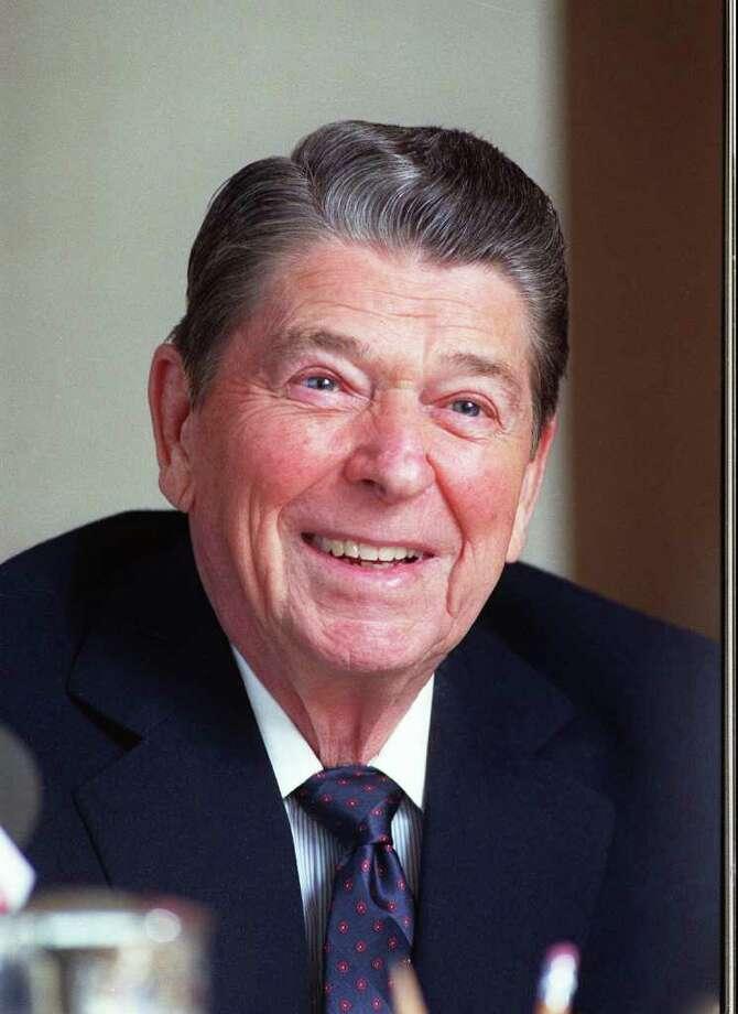 40. Ronald Reagan, 1981-1989  (AP Photo/Bob Galbraith) Photo: BOB GALBRAITH, Express-News / AP1990