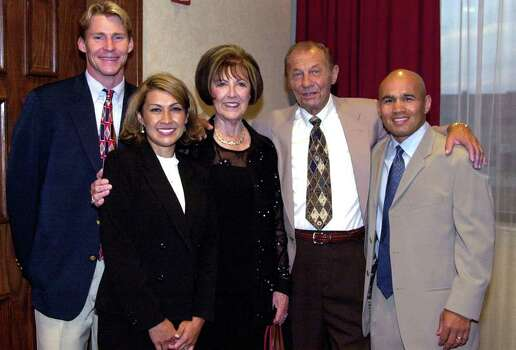 OTS: Left to Right; Josh Davis; Lisa Leija; Kathy Cook; Dan Cook; Jesse James Leija; at Dan Cook's retirement dinner on Tuesday, September 16, 2003. Photo: WENDI POOLE, SPECIAL TO THE EXPRESS-NEWS / EXPRESS-NEWS