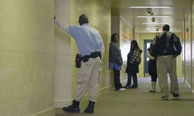 Juvenile Correctional Officers Darris Miller, left, Lois... 590535 ...