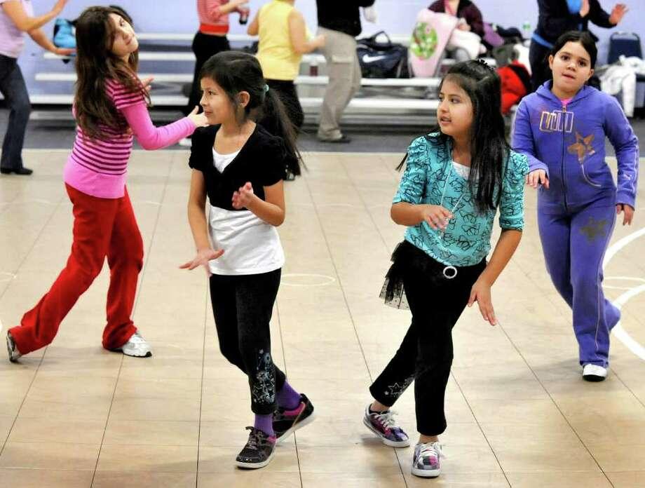 Zumba gets kids moving to a Latin beat - NewsTimes