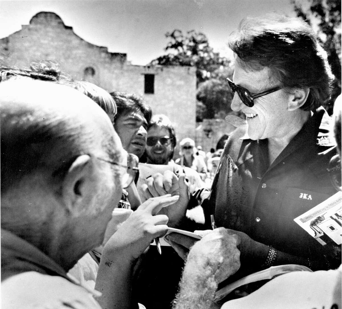 James Arness talks to fans in front of the Alamo. He played Jim Bowie in the TV movie