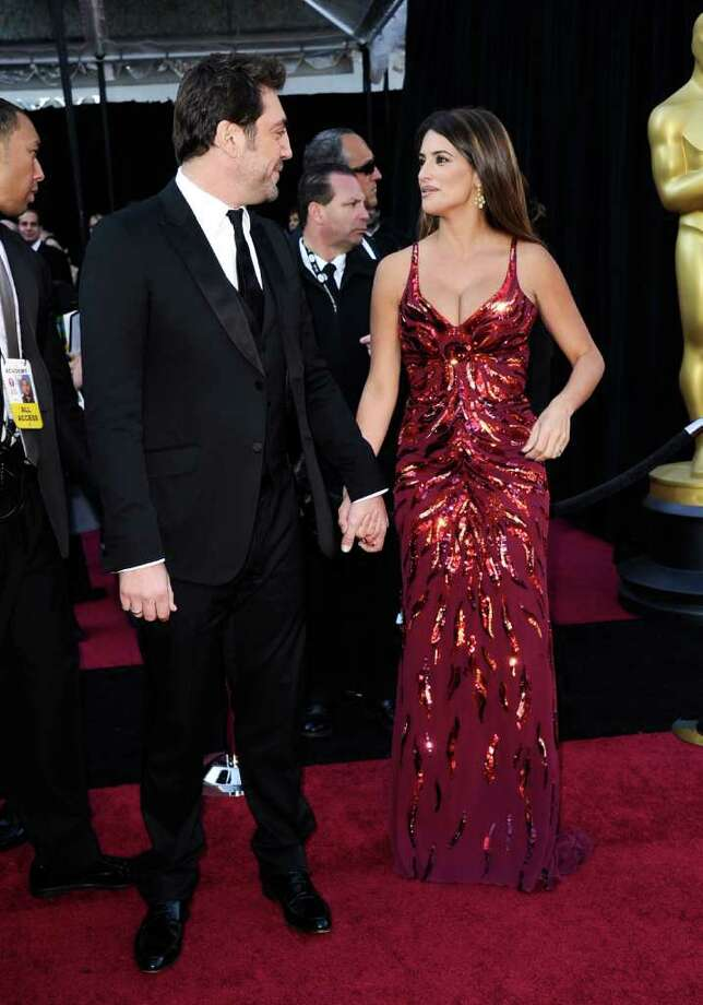 HOLLYWOOD, CA - FEBRUARY 27:  Actor Javier Bardem (L) and actress Penelope Cruz arrive at the 83rd Annual Academy Awards held at the Kodak Theatre on February 27, 2011 in Hollywood, California.  (Photo by Kevork Djansezian/Getty Images) Photo: Kevork Djansezian, Getty Images / 2011 Getty Images