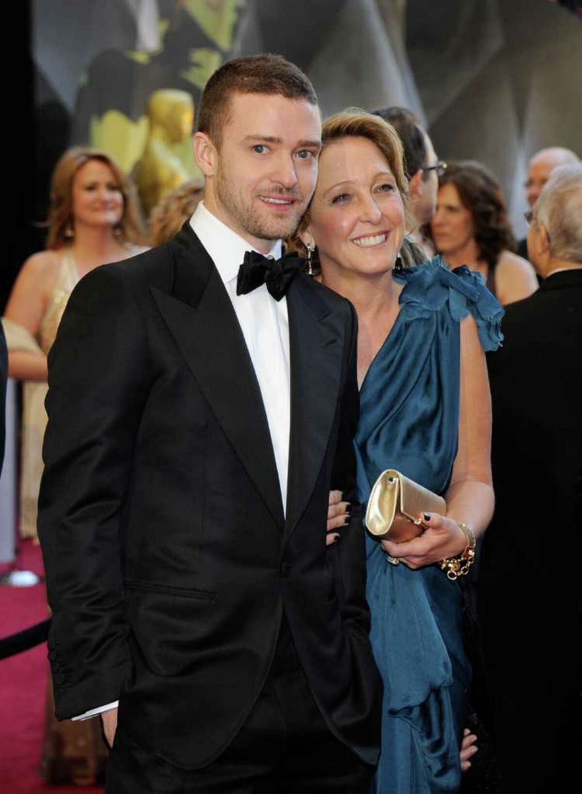 HOLLYWOOD, CA - FEBRUARY 27: Actor/singer Justin Timberlake (L) and his mother Lynn Harless arrive at the 83rd Annual Academy Awards held at the Kodak Theatre on February 27, 2011 in Hollywood, California. (Photo by Ethan Miller/Getty Images) *** Local Caption *** Justin Timberlake;Lynn Harless