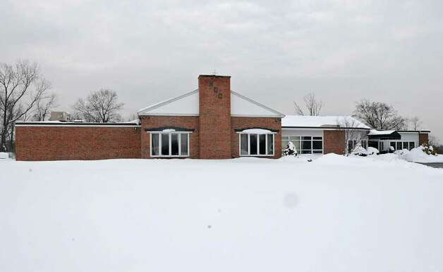 Building at Normanside Country Club in Delmar, NY on January 26, 2011.  (Lori Van Buren / Times Union) Photo: Lori Van Buren