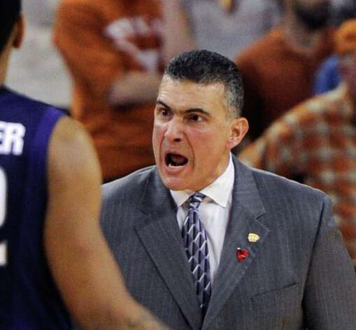 Kansas State coach Frank Martin expresses his thoughts during the second half of Kansas State's 75-70 win over Texas on Monday, Feb. 28, 2011, in Austin. Photo: Michael Thomas/Associated Press