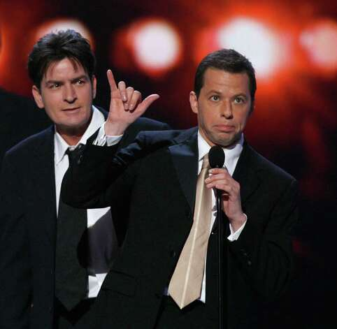 "archiveplease LOS ANGELES, CA - JANUARY 09:  Actors Charlie Sheen and John Cryer accept the award for ""Favorite TV Comedy"" onstage during the 33rd Annual People's Choice Awards held at the Shrine Auditorium on January 9, 2007 in Los Angeles, California. Photo: Kevin Winter, Getty Images / 2007 Getty Images"