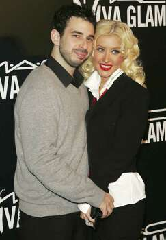 NEW YORK - SEPTEMBER 06:  Singer Christina Aguilera and husband Jordan Bratman attend the M.A.C. Viva Glam VI dinner to benefit Aids research at Cedar Lake on September 6, 2006 in New York City. Photo: Peter Kramer, Getty Images / 2006 Getty Images