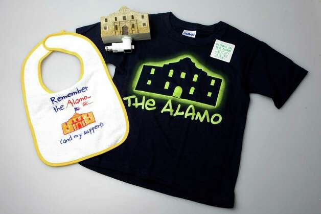 SA LIFE: Souveniers sold at the Alamo gift shop.  HELEN L. MONTOYA/hmontoya@express-news.net Photo: HELEN L. MONTOYA / San Antonio Express-News