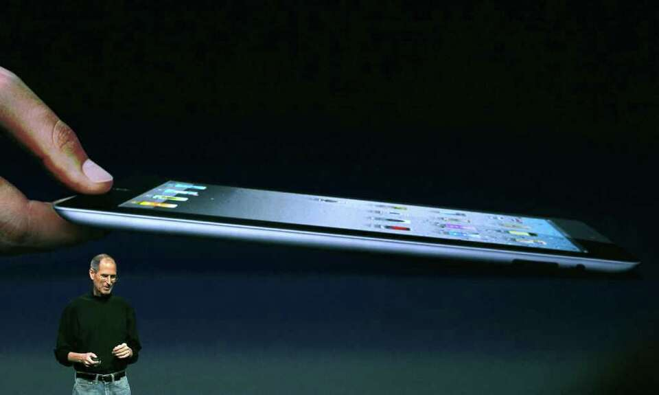 SAN FRANCISCO, CA - MARCH 02:  Apple CEO Steve Jobs speaks during an Apple Special event to unveil t