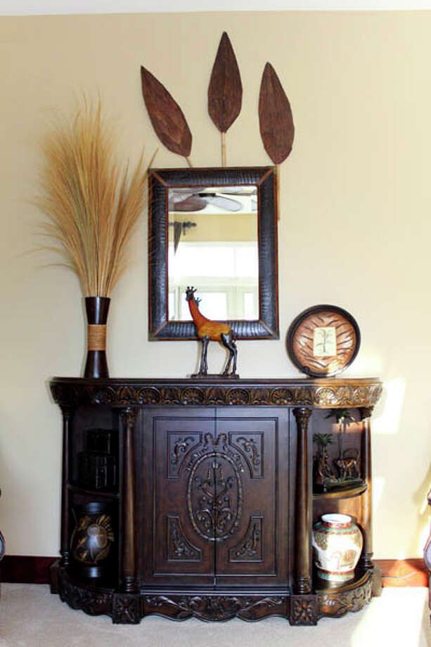 Adding to the natural feel of Fox's home is African-influenced decor. (Nancy Bruno/Life@Home) Click here to read the story.