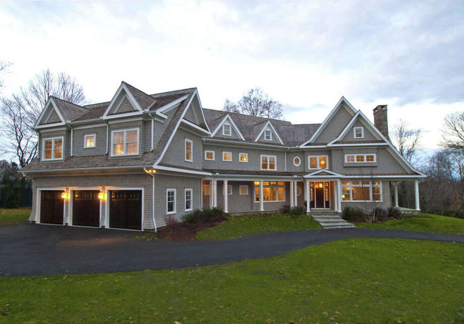 The transitional Colonial at 3 Turkey Hill Circle combines high attention to high-end details and provides both luxury and spaciousness. Photo: Contributed Photo / Westport News contributed