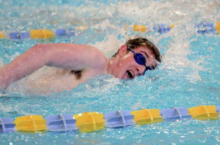Weston's Gabe Imber competes in the 200 Free event during the boys swim meet against Fairfield and Staples at Weston on Friday, Feb. 11, 2011. Photo: Amy Mortensen / Connecticut Post Freelance