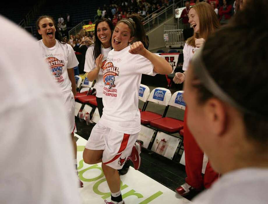 MAAC conference tournament women's basketball finals at the Webster Bank Arena at Harbor Yard in Bridgeport on Monday, March 7, 2011. Marist defeated Loyola 63-45. Photo: Brian A. Pounds / Connecticut Post