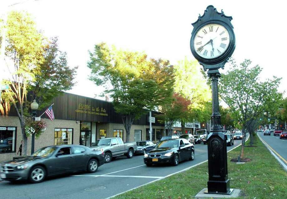 Main Street in Danbury. Photo: File Photo / The News-Times File Photo