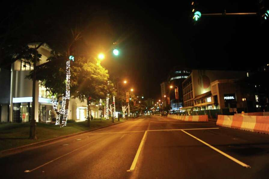 HONOLULU, HAWAII - MARCH 11:  The main street is evacuated as a possible tsunami threatens to hit th